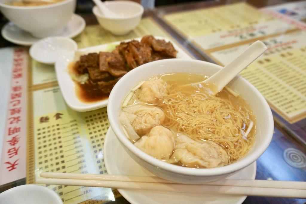 麥明記の「海老ワンタン麺」