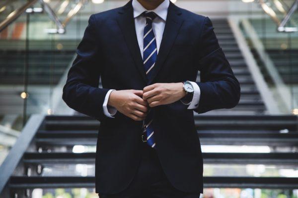 ビジネスマン(イメージ画像)