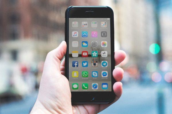 iPhone(イメージ画像)