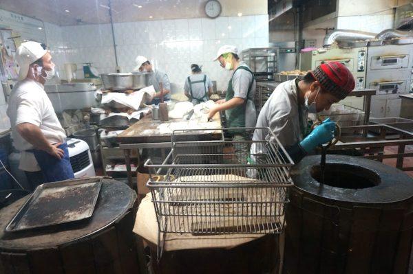 阜杭豆漿(フーハンドゥジャン)の調理場